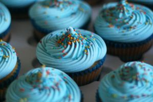 Cupcakes- Blue Explosion by Yuleen75