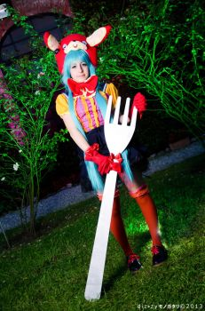 Miku Hatsune- Vocaloid * lots of laugh * by SHIcosplay