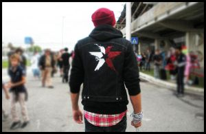 Delsin Rowe Cosplay - Back by SimonDiff