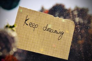 keep dreaming by Holunder