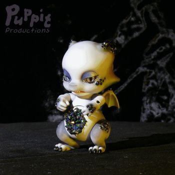 Dragon doll mod and paintjob (animated) by PuppitProductions