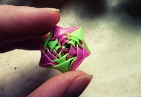 Pink and green straw star by D29621x