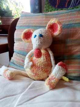 Knitted Mouse by natasas