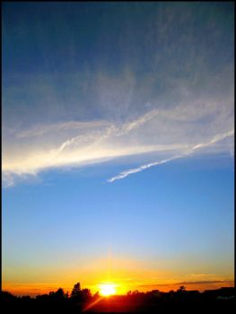 Salutation to the clouds by Picavinci