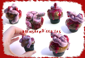 Intestines, Blood and Cupcakes by monsterkookies