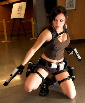 cosplay lara croft by illyne