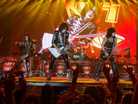 KISS live in Italy by Groucho91