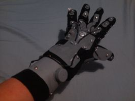 Robotic glove by gamertjecool