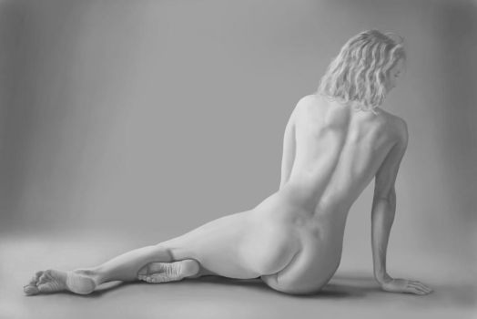 Study Nude from photo Gwen2 by Mikosaure