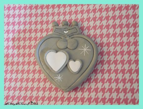 Clay Brooch: Sailor Twin Heart by KittyKlawzPolish