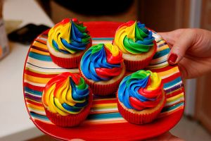 Colorful Cupcakes by yenah00