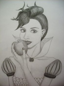 My version of Snow White by karlalii