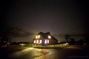Glowing House by Scorpidilion