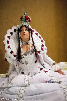 Queen in Heart - Trinity Blood by Athena1chan